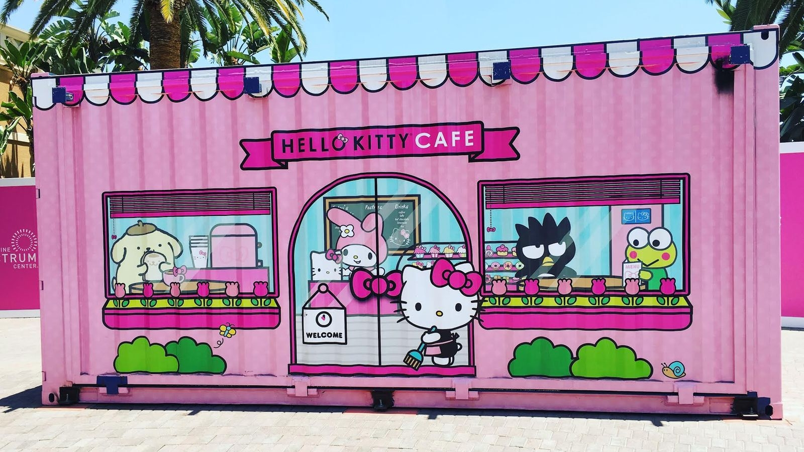 hello-kitty-pop-up-container-cafe